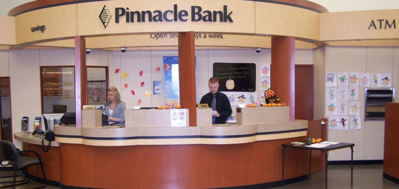 picture of the teller line